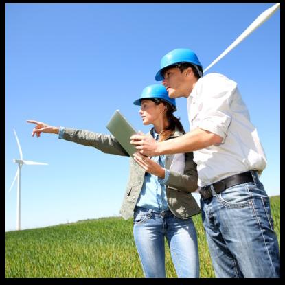 Windräder mit Mann und Frau - Projektentwicklung mit 3U ENERGY PE